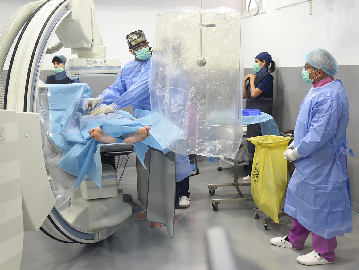 Angiografia și angioplastia arterelor carotide