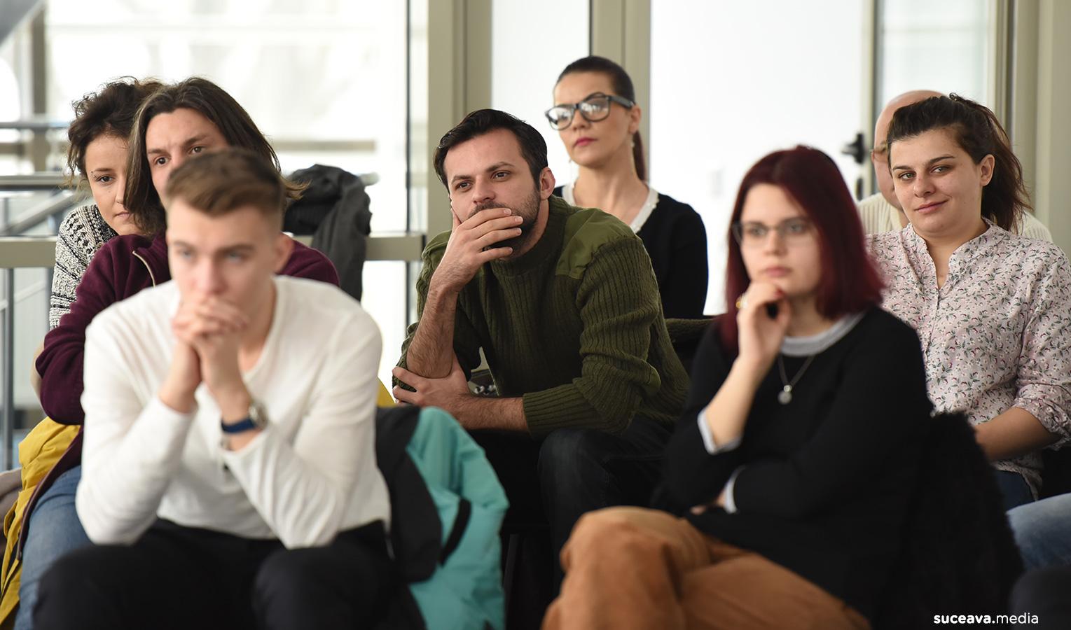 Zece neîmpliniri ale teatrului românesc (fotoreportaj)