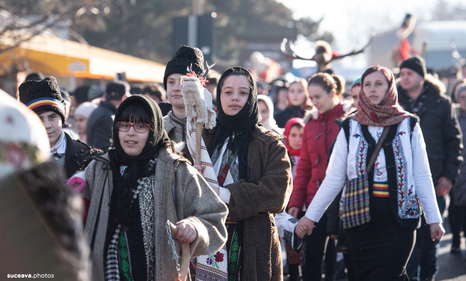 Festivalul Obiceiurilor de Iarnă pe Stil Vechi (fotoreportaj)