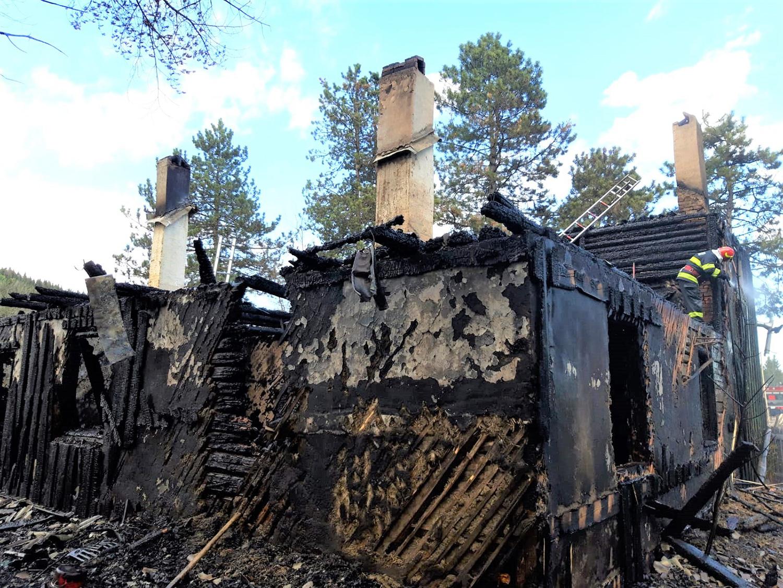 Incendiu în satul Slătioara din comuna Râșca