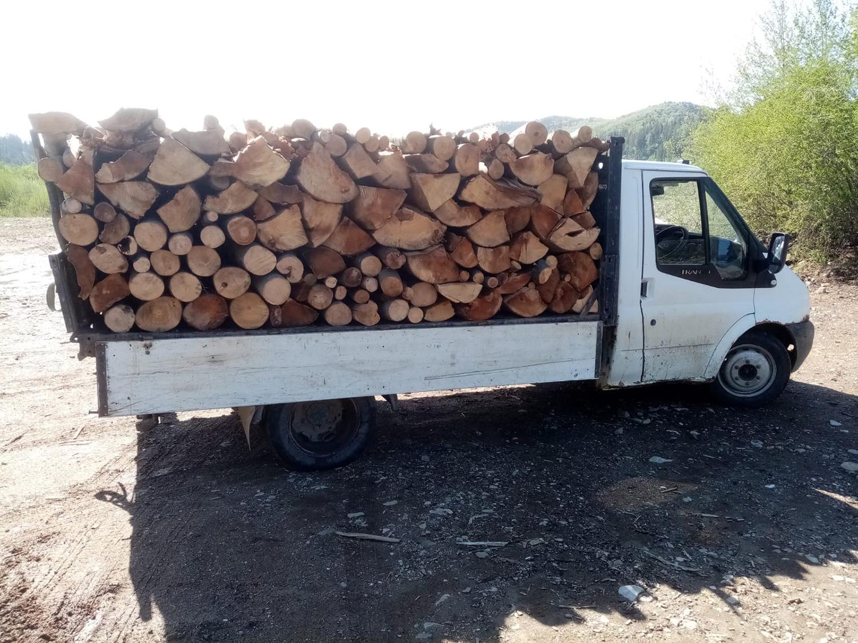 Material lemnos transportat  fără aviz de însoțire  la Sucevița
