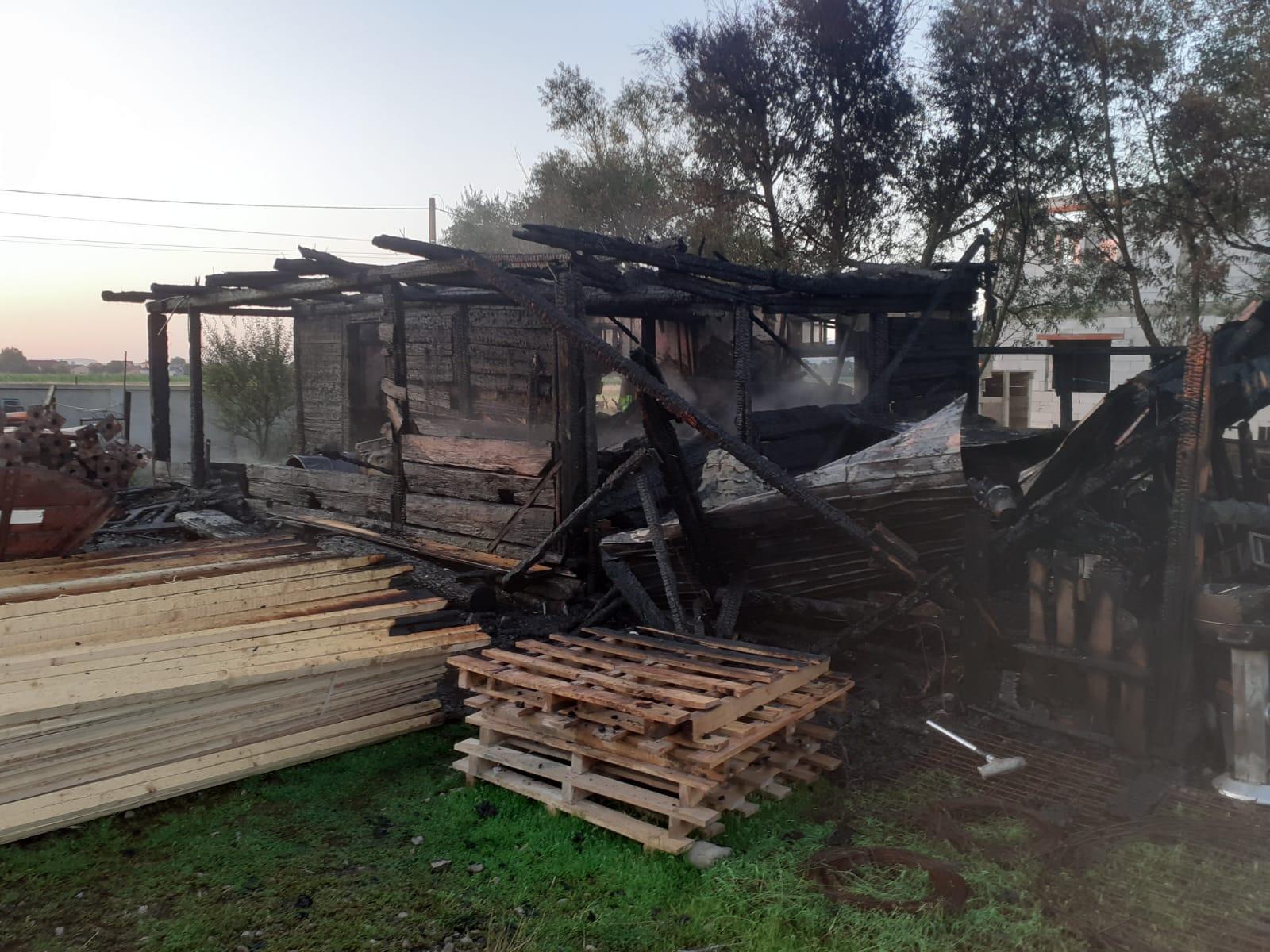 Incendiu în orașul Vicovu de Sus