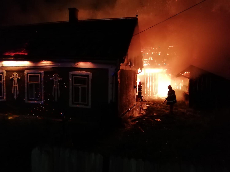 Incendiu în satul Doroteia din comuna Stulpicani