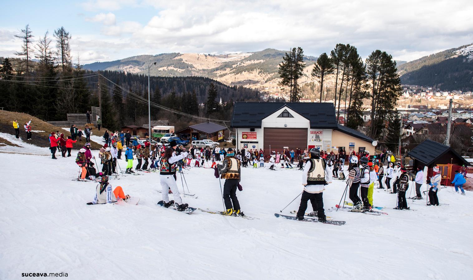 Ia-ți cămeșa și bundița / Hai la schi pe Veverița! (2021) (fotoreportaj)