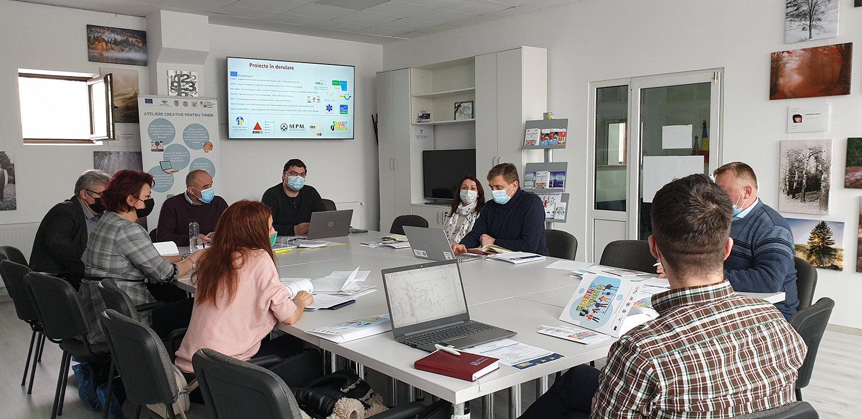 SMART4YOUTH, un proiect ce pune accentul pe impactul social asupra tinerilor din zona de frontieră Suceava și Cernăuți