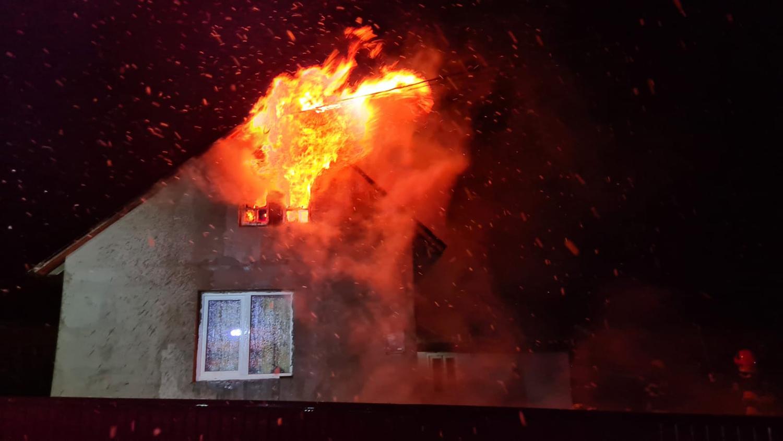 Incendiu în Plopeni