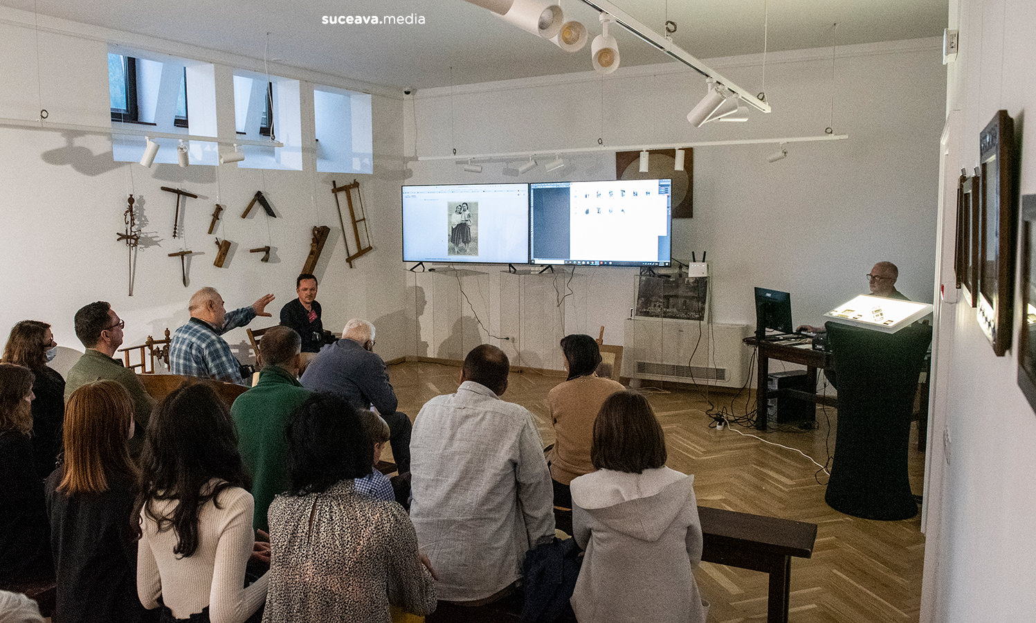 Mediateca Ocolului Câmpulung - lansarea arhivei foto-video-sunet (fotoreportaj)